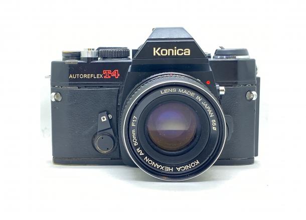 Konica Autoreflex T4 + objektiv 50/1.7