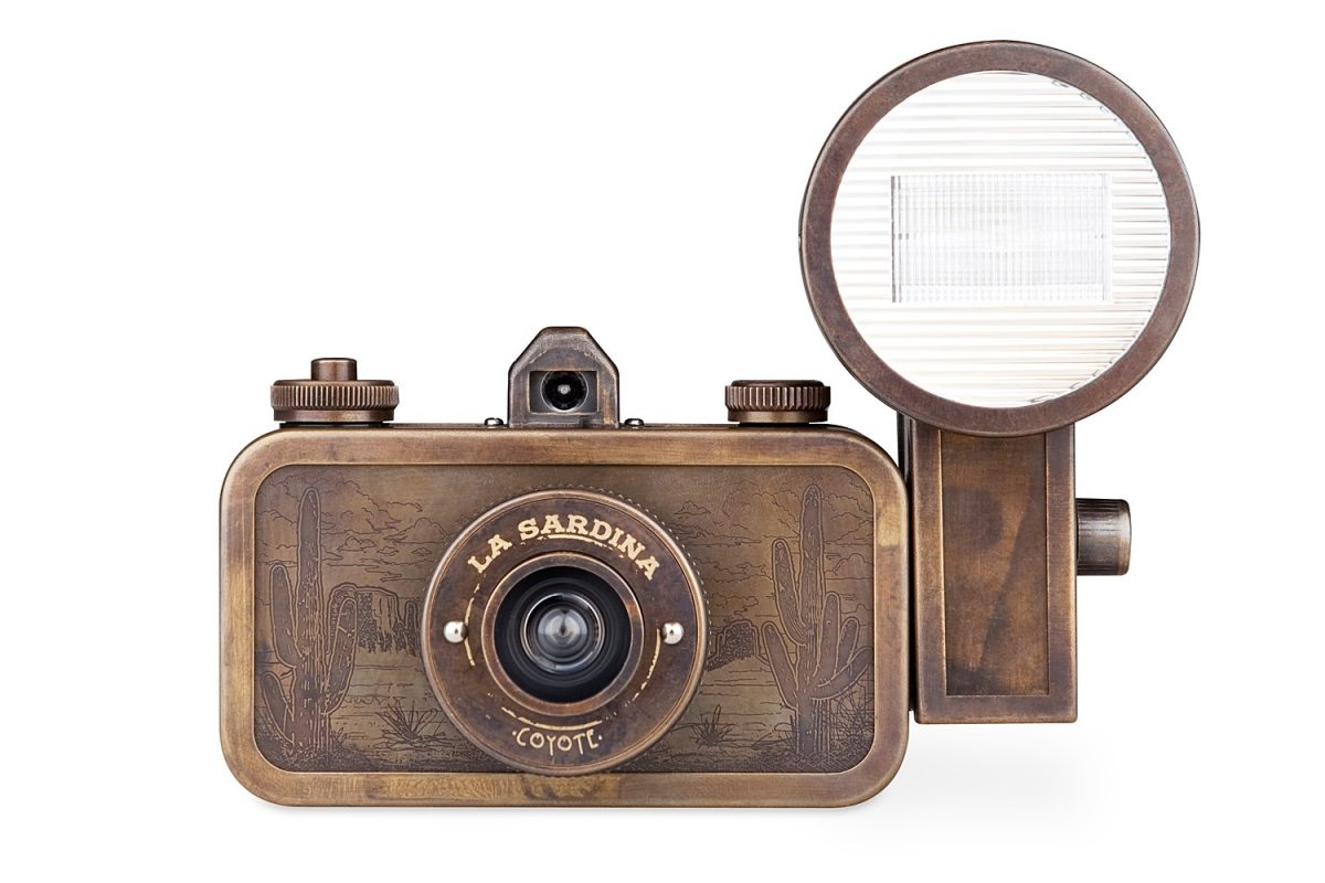La Sardina & Flash Coyote
