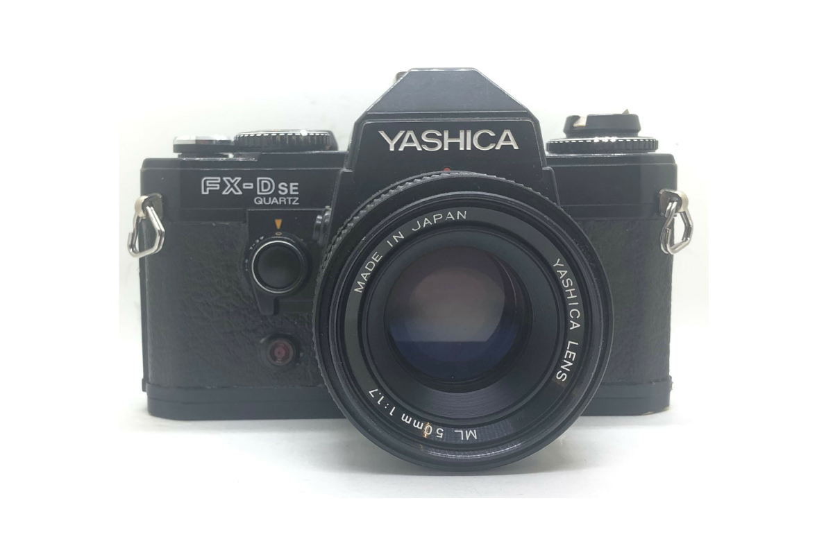 Yashica FX-D SE Quartz + objektiv 50/1.7