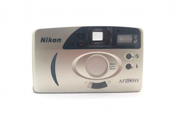 Nikon AF 250SV