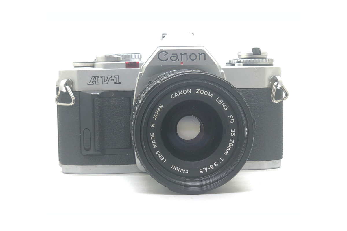 Canon AV1 + objektiv 35-70/3.5-4.5