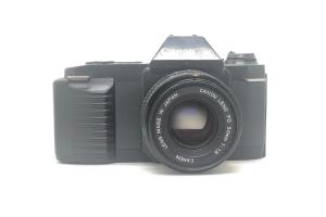 Canon T50 + objektiv 50/1.8