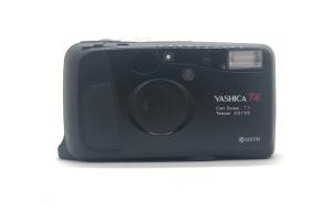 Yashica T4