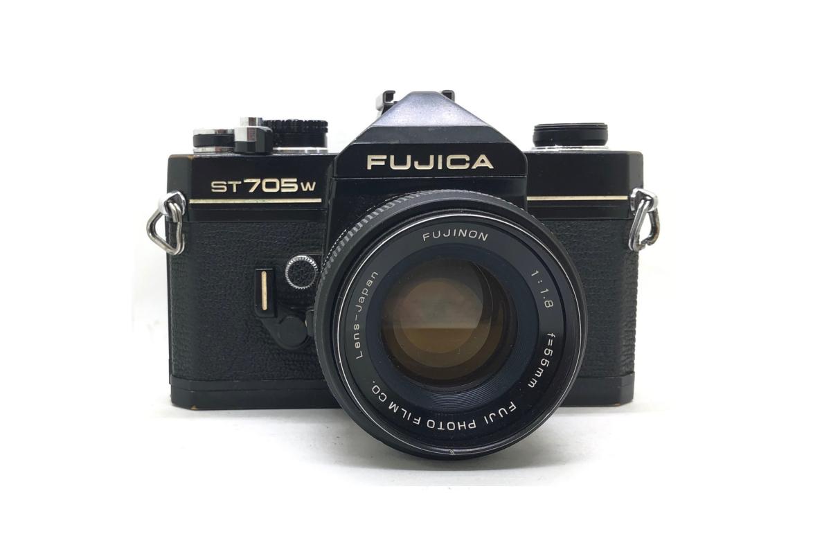 Fujica ST 705 + objektiv 50mm