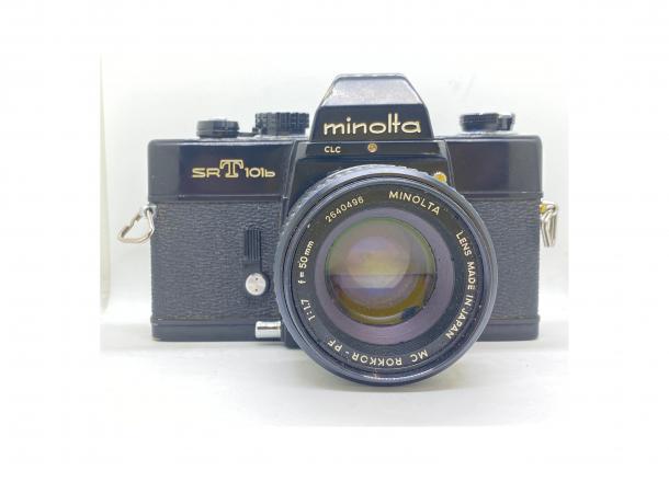 Minolta SRT 101 + objektiv 50/1.7