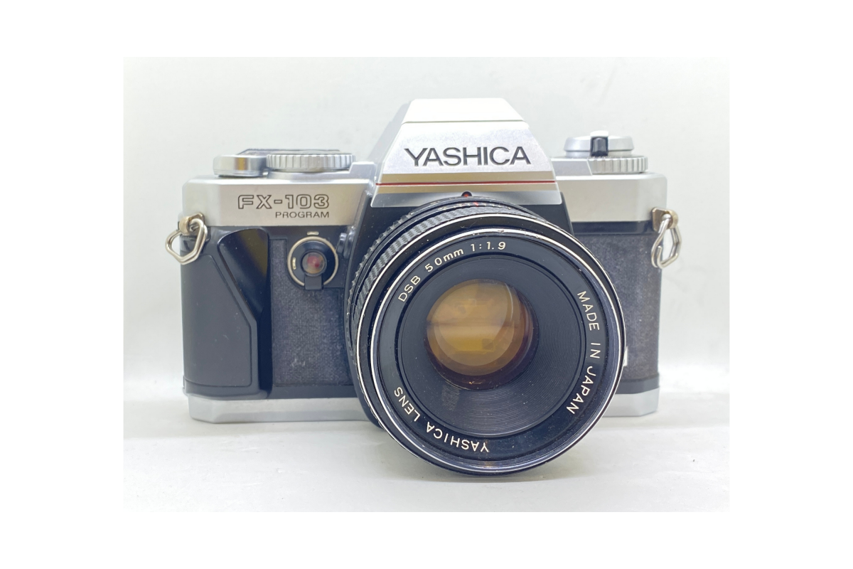 Yashica FX103 Program + objektiv 50/1.9