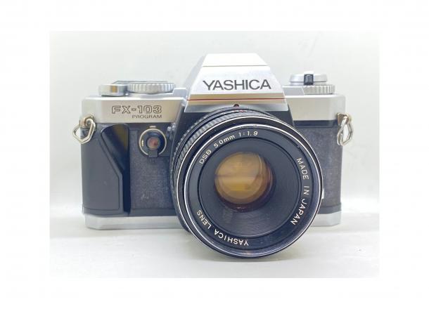 Yashica FX103 Program + objektiv 50/1.9