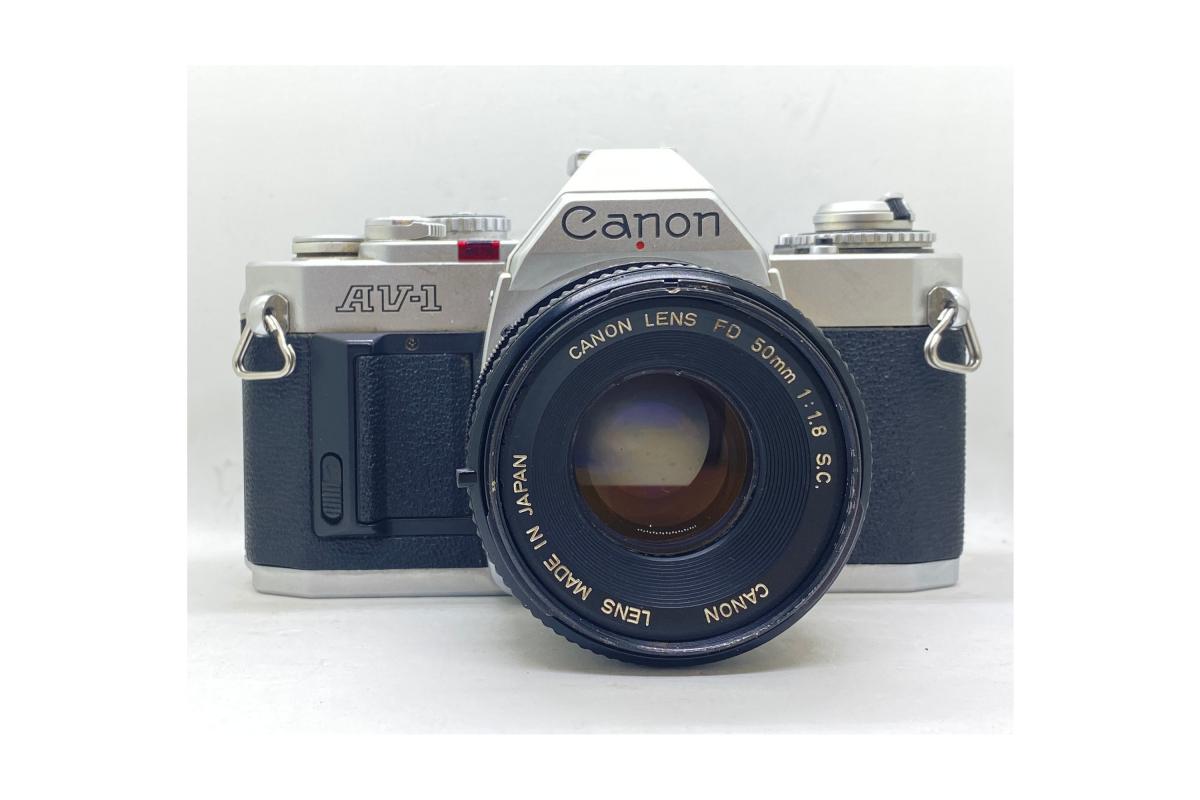 Canon AV1 + objektiv 50/1.8